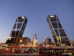 1332424221_plaza_de_castilla_madrid_06