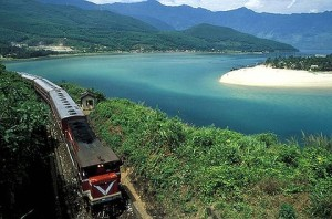 art-Vietnam-Train-420x0